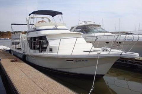 1985 Blue Water 510 Coastal Cruiser
