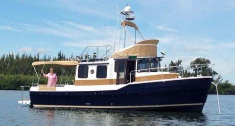 2014 Ranger Tug 31 CB