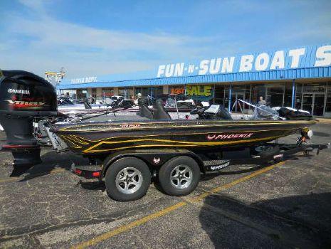 2016 Phoenix Boats 919 ProXP