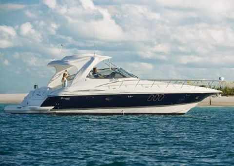 2009 Cruisers Yachts 460 Express Manufacturer Provided Image