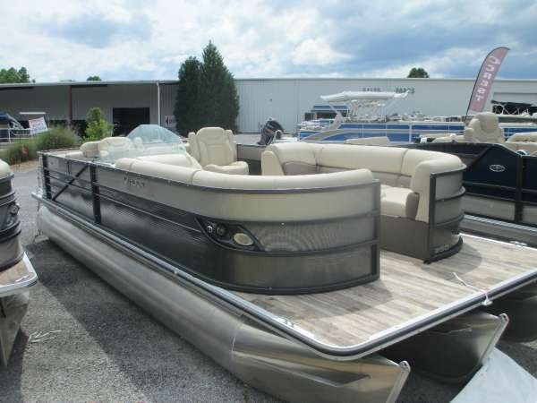 2016 Crest Pontoon Boats Crest II 250 SLR2