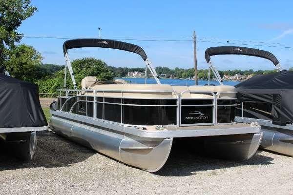 Pontoon boats for sale fenton mi zip code
