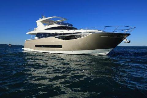 2016 Prestige 750 Motor Yacht