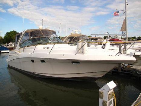 2002 Four Winns 378 Vista Starboard Profile