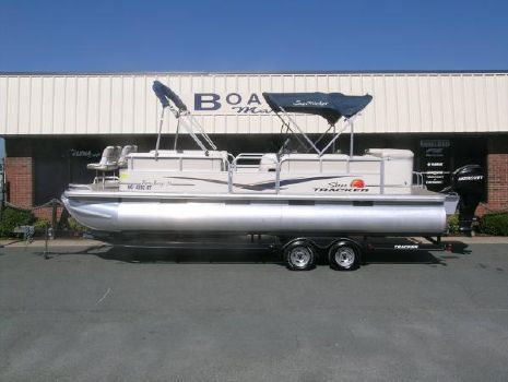 2010 SUN TRACKER 24' Party Barge