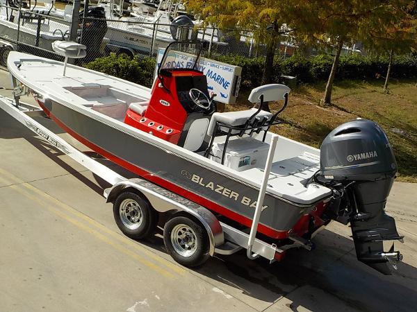 2017 Blazer Boats Bay 2200