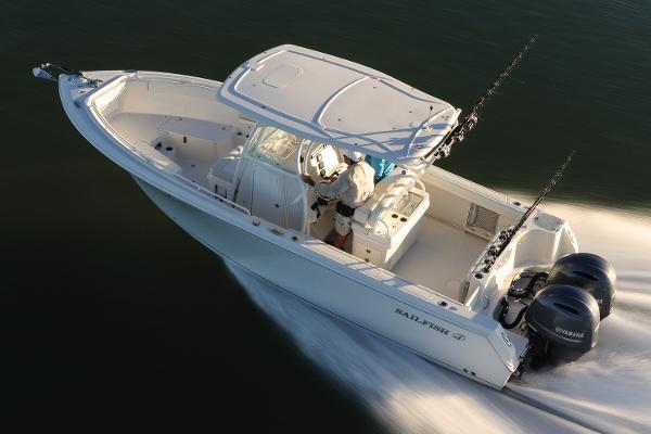 2016 Sailfish 270 CC Manufacturer Provided Image