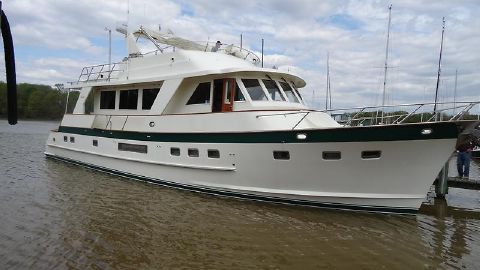 2002 Grand Alaskan Flush Deck Motoryacht MM stbd fwd profile hr1.jpg
