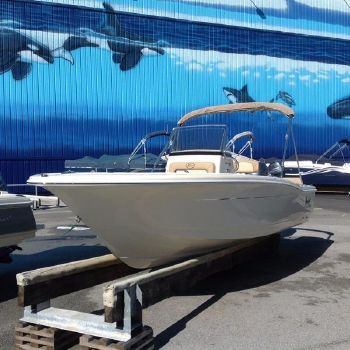 2016 Scout Boat Company Sportfish / XSF 195 SF