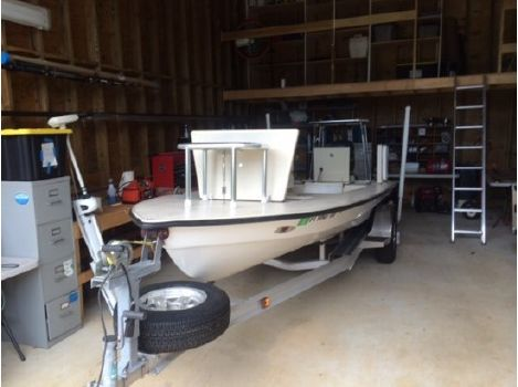 2006 Hell's Bay Boatworks Waterman 18