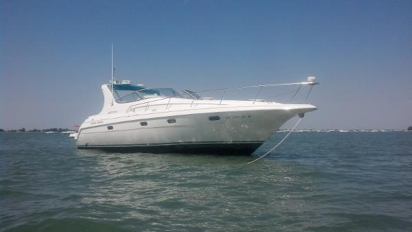 Check Out This 1996 Cruisers 3375 Esprit On Boattrader Com