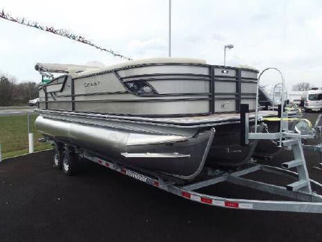 2017 Crest Pontoon Boats CREST CLASSIC 230