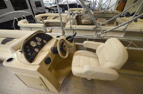 2016 Sunchaser 8522 Cruise Classic