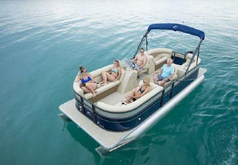 2017 Crest Pontoon Boats CREST 2 230SLR2
