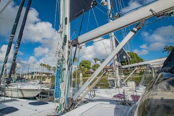 Check out this 2001 HUNTER Passage 450 on Boattrader com