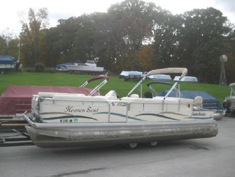 2004 Sweetwater 2424 DF