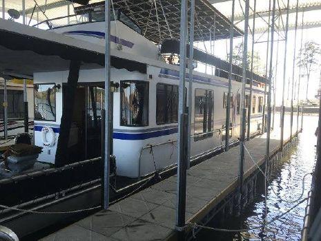 2008 Sumerset 16 x 66 Houseboat