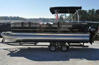2015 Encore Boat Builders Bentley Cruise 240