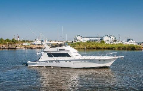 1987 Hatteras 65 Convertible Starboard Profile