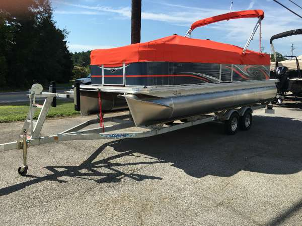 2017 apex marine qwest 822 23 foot 2017 boat in buford for Infinity motors gainesville ga