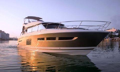 2017 Prestige 620 S Coupe Prestige Yachts 620 S