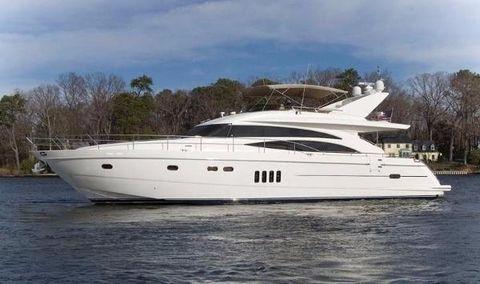 2005 Viking Sport Cruiser by Princess 70 Motoryacht