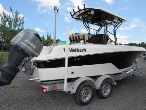 2017 Wellcraft 222