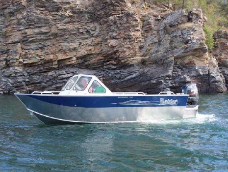 2017 Raider Mariner 208