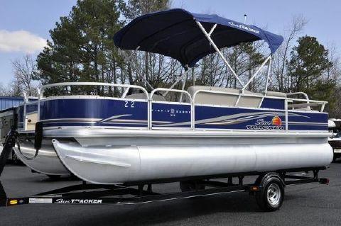 2014 SUN TRACKER Fishin' Barge 22 DLX