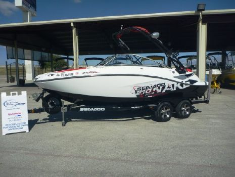 2011 Sea Doo 210 WAKE