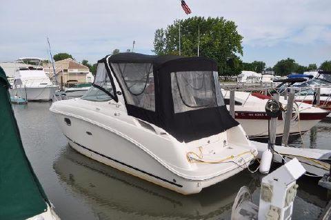 2011 Sea Ray 260 Sundancer Aft Port