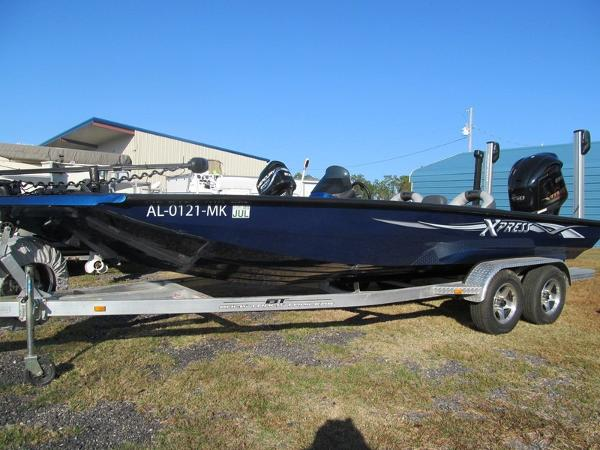 2013 Xpress Boats Xclusive Series X21
