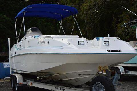 1998 Cobia Boats 256