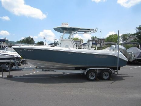 2007 EVERGLADES BOATS 240 CL