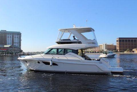 2017 Tiara Yachts F 44