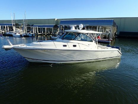 2014 Pursuit 385 OFFSHORE EXPRESS