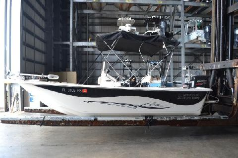 2014 Carolina Skiff 198 DLV Profile