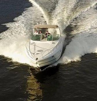 2006 Cruisers 370 Express
