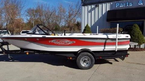 2003 Correct Craft Ski Nautique 196 Limited Edition Closed Bow