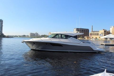 2017 Tiara Yachts C 44
